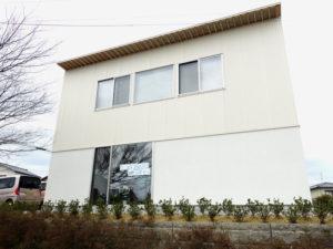 金沢屈指の人気パン店、ヤマネコさんが店名を菜虫化蝶と変えかほく市でオープン!