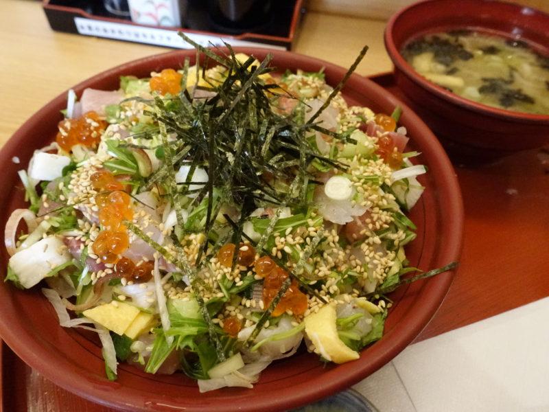 金沢駅周辺で美味しい魚を食べるなら県漁協直営の旬魚亭が間違いなし!