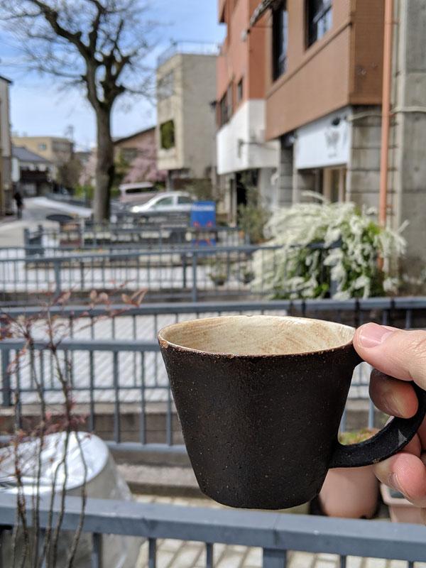 金沢 せせらぎ通りで美味しい珈琲を飲みたくなりcafe ASHITOさんへ。ここの雰囲気がめちゃめちゃ好きだ~