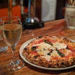 """片町でぶらっと飲むならここのピッツァがテッパン!""""ヴェッキオ アルベロ"""""""