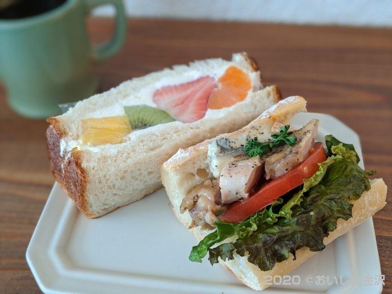 金沢の人気のサンドイッチ店、オノマトペさんで美味しいフルーツサンドを。